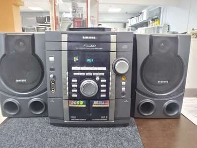 Музыкальный центр Samsung Max-L42G  б/у