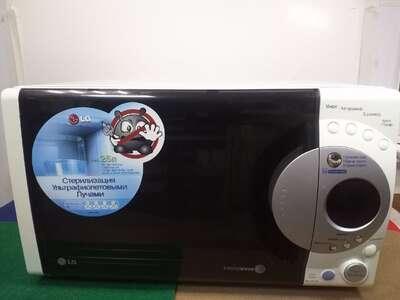 Микроволновая печь LG MS 2653B б/у
