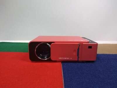 Проектор Everycom T6 красный б/у