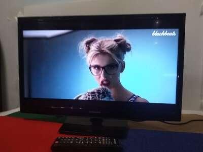 ЖК Телевизор Samsung UE24N4500 б/у