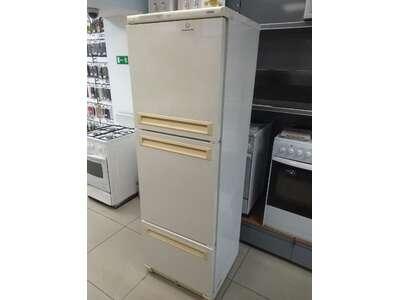 Холодильник Stinol 104 ELK б/у